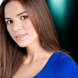 @celeste_bruno Celeste Bruno as Simone