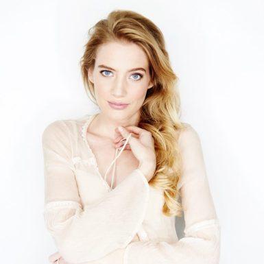 @ClaraPasieka Clara Pasieka as Aurora